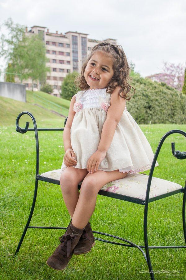 Vestido para niña · Modelo Alhelí - Vega y Valle