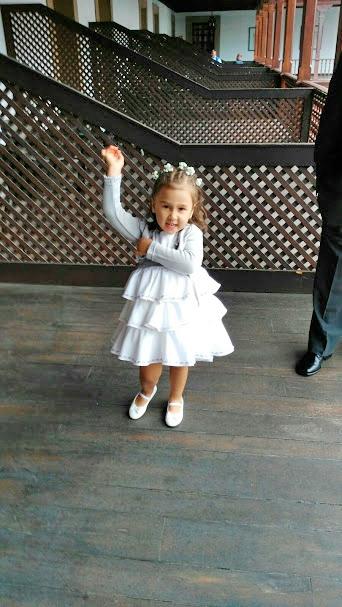 vestido-de-arras-para-niña-vega-y-valle-modelo-perla-11