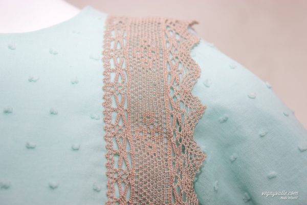 vestido-para-niña-de-1-a-5- años-modelo-Lago-turquesa-otoño-invierno-vega-y-valle-18